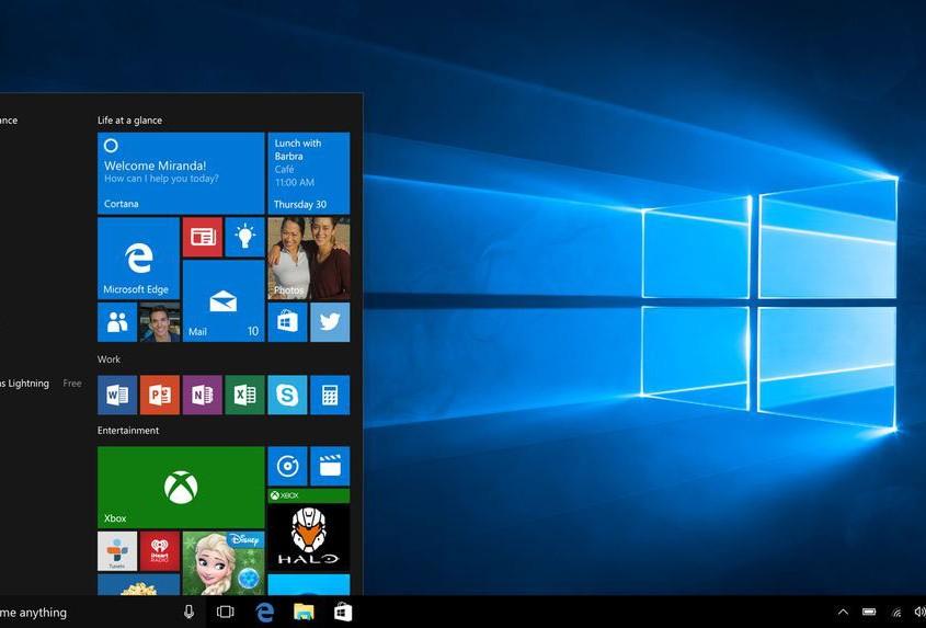 Windows 10 recupera el botó d'inici, introdueix intel·ligència artificial amb Cortana i busca amb intensitat la unificació de tot tipus de dispositiu en un sol sistema operatiu.