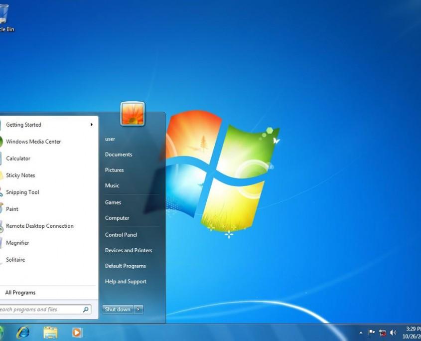Windows 7 llegó para solucionar el fracaso de Vista y resultó ser un nuevo éxito. Mejoró la seguridad y simplificar la usabilidad.